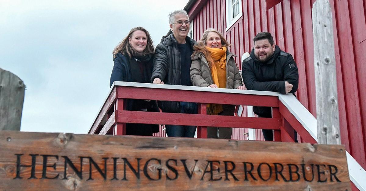 Det avtroppende vertskapet Mariann og Tom Eilertsen sammen med Kristine Andreassen og Lasse Bjørback i Fast Hotels/Bjørback-gruppen